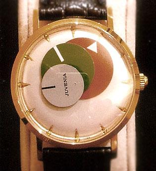 Une montre étonnante, la Juvénia arithmo! Juveniadiscswatchismo