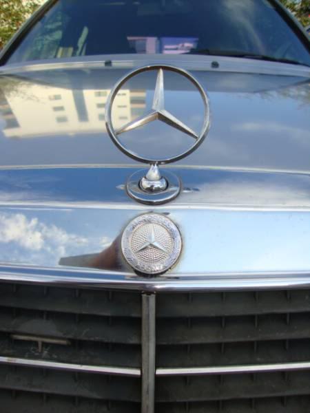 W124 E200 - 1993 - R$ 23.000,00 1