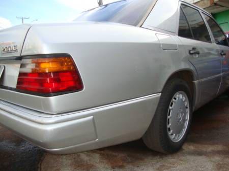 W124 E200 - 1993 - R$ 23.000,00 3