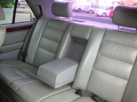 W124 E200 - 1993 - R$ 23.000,00 6