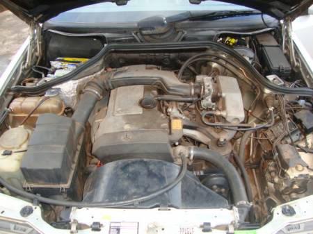 W124 E200 - 1993 - R$ 23.000,00 7