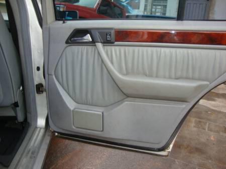 W124 E200 - 1993 - R$ 23.000,00 8