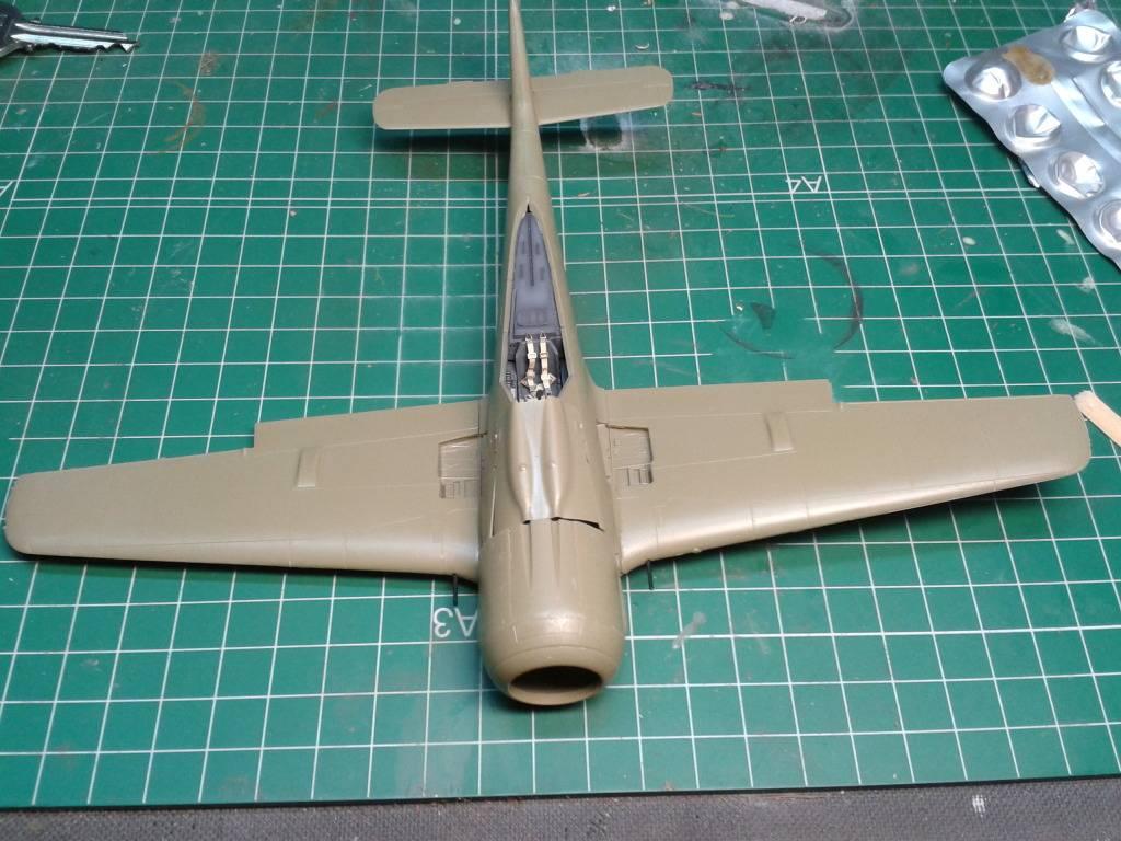 Focke-Wulf Fw 190A-8 .   EDUARD  1/48.. - Página 2 2012-06-04233511