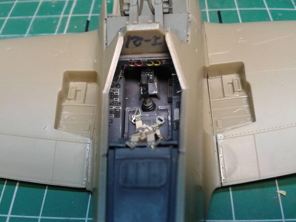 Focke-Wulf Fw 190A-8 .   EDUARD  1/48.. - Página 2 2012-06-04233533