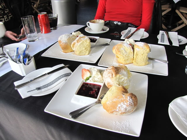 scones and coffee ? IMG_2176