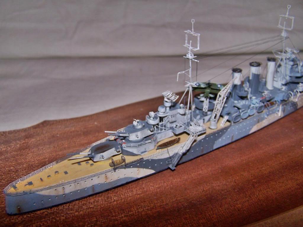 CRUCERO PESADO HMS SUSSEX,EN RESINA 1/700 100_1203_zps0f6ef545