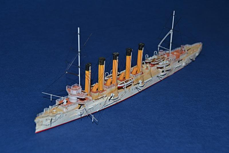 CRUCERO RUSO ASKOLD 1900 WHITE ENSIGN MODEL 1/700  DSC_0023