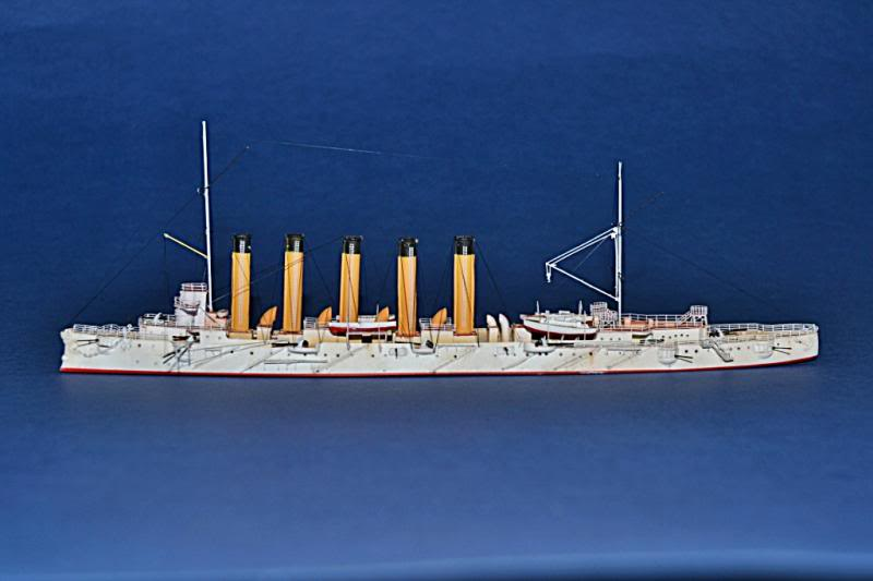 CRUCERO RUSO ASKOLD 1900 WHITE ENSIGN MODEL 1/700  DSC_0029