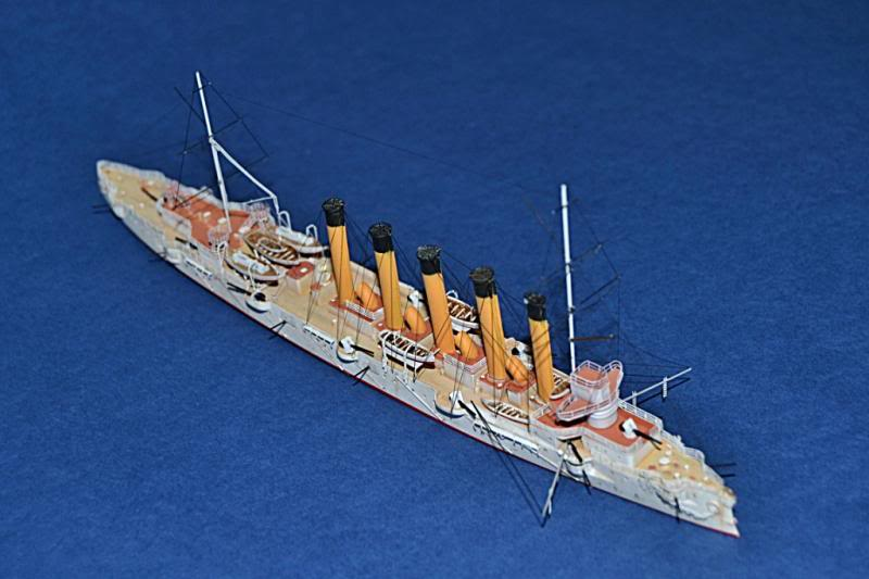 CRUCERO RUSO ASKOLD 1900 WHITE ENSIGN MODEL 1/700  DSC_0035