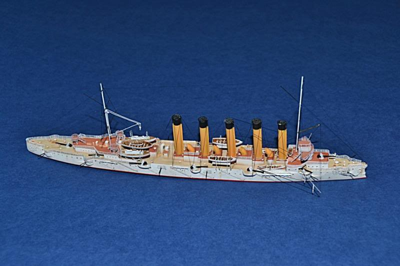 CRUCERO RUSO ASKOLD 1900 WHITE ENSIGN MODEL 1/700  DSC_0036