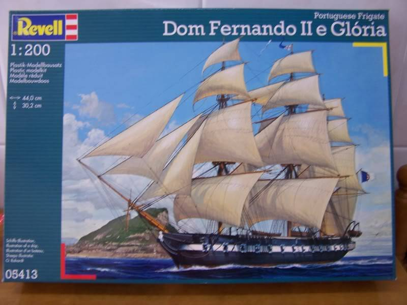 DOM FERNANDO II E GLORIA REVELL 1/200 100_9210