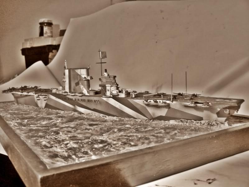 Portaaviones uss Saratoga CV-3.FUJIMI  1/700 SARATOGABLANCOYNEGRO2