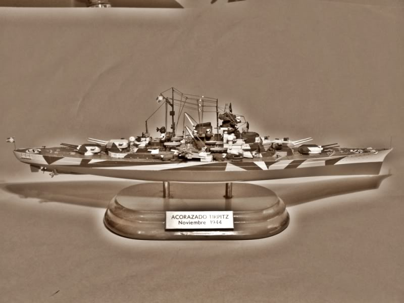 Acorazado Tirpitz 1/700 TIRPITZBYN2