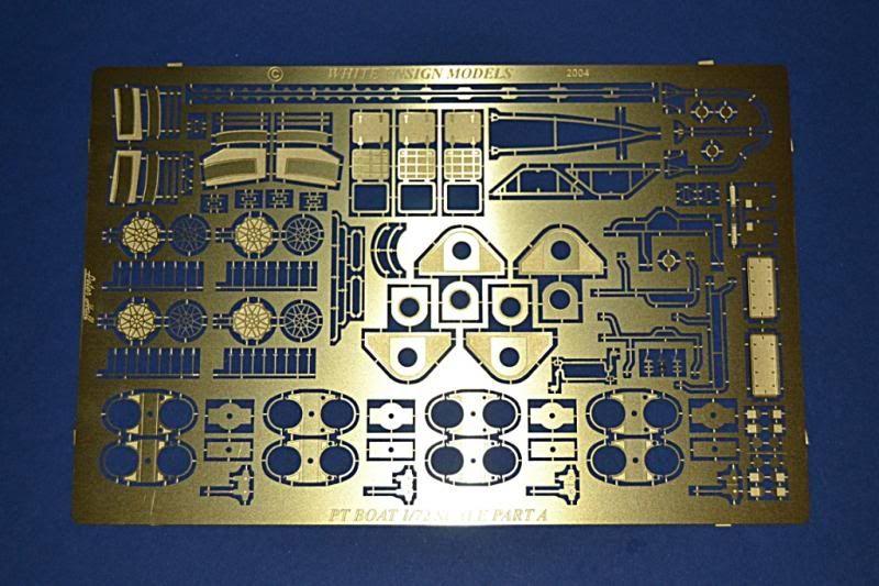 Torpedera PT-167 revell 1/72 con razzle dazzle DSC_0005