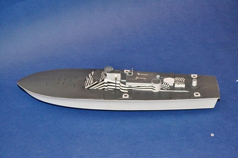 Torpedera PT-167 revell 1/72 con razzle dazzle DSC_0008-2