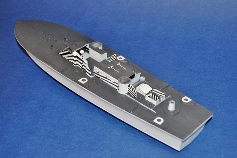 Torpedera PT-167 revell 1/72 con razzle dazzle DSC_0009-1