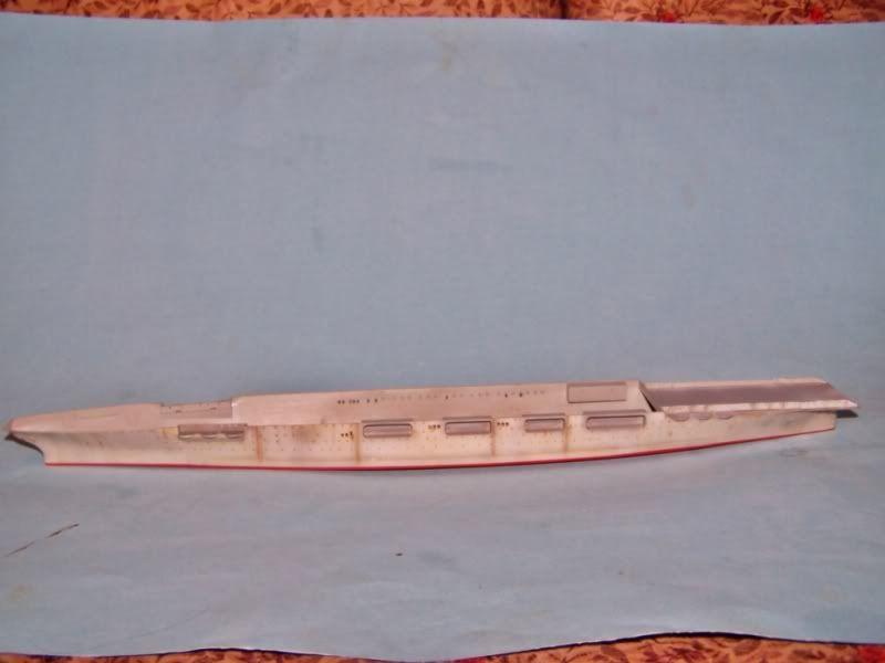 USS SARATOGA CV-3 TRUMPETER 1/700 - Página 2 100_8915