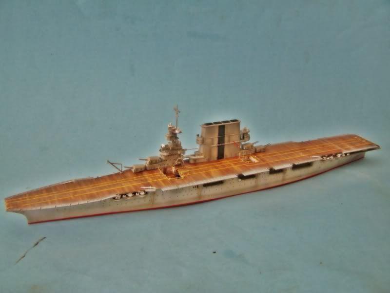 USS SARATOGA CV-3 TRUMPETER 1/700 - Página 2 100_8920