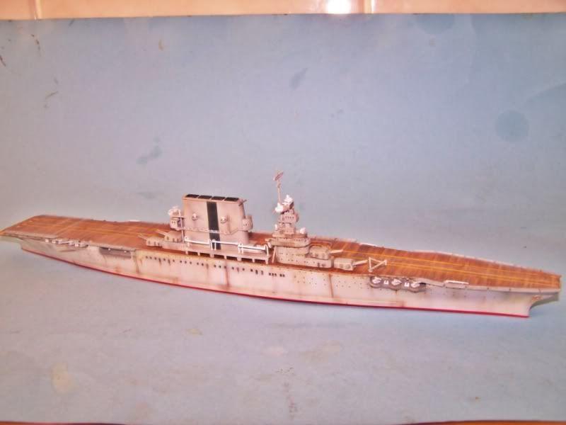 USS SARATOGA CV-3 TRUMPETER 1/700 - Página 2 100_8926