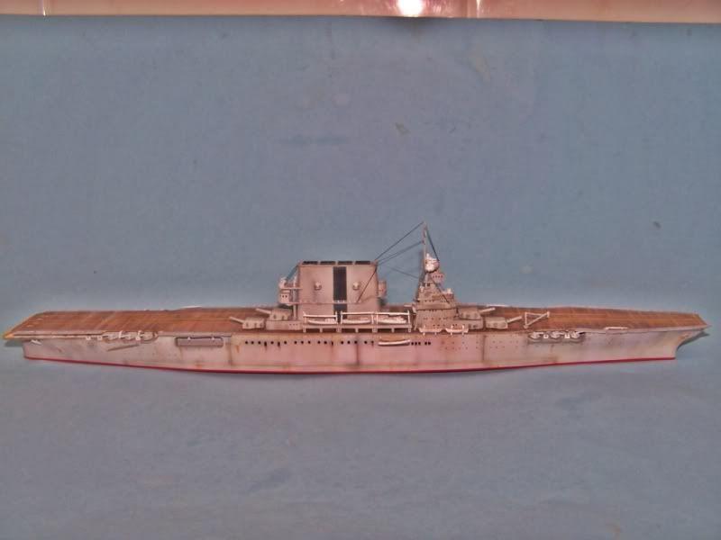 USS SARATOGA CV-3 TRUMPETER 1/700 - Página 2 100_8932