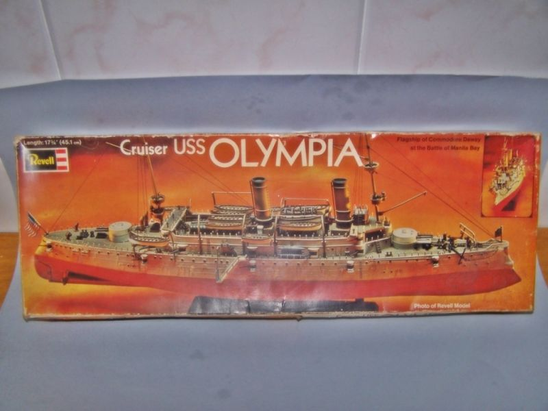 USS OLYMPIA   REVELL 1/232 100_9239