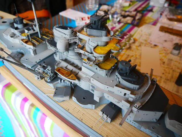 bismarck 1/200 the big maquette !! - Page 6 P1010598