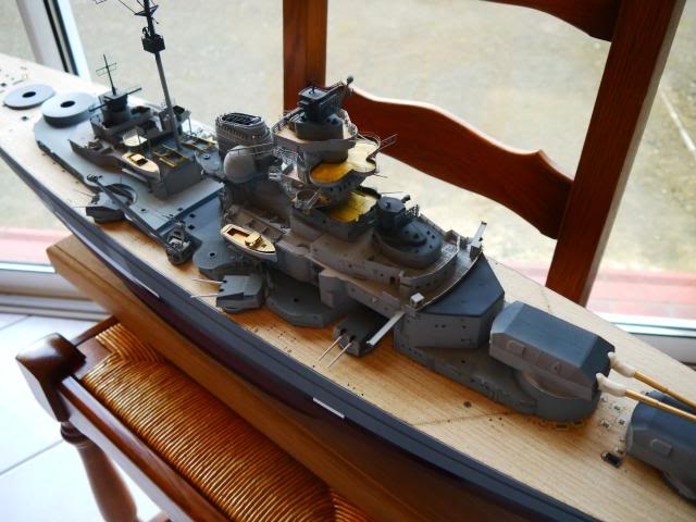 bismarck 1/200 the big maquette !! - Page 6 P1010644