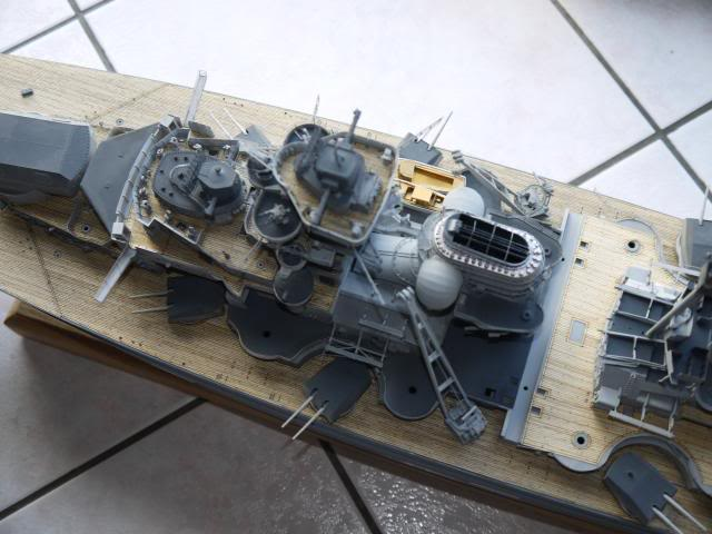 bismarck 1/200 the big maquette !! - Page 6 P1010703