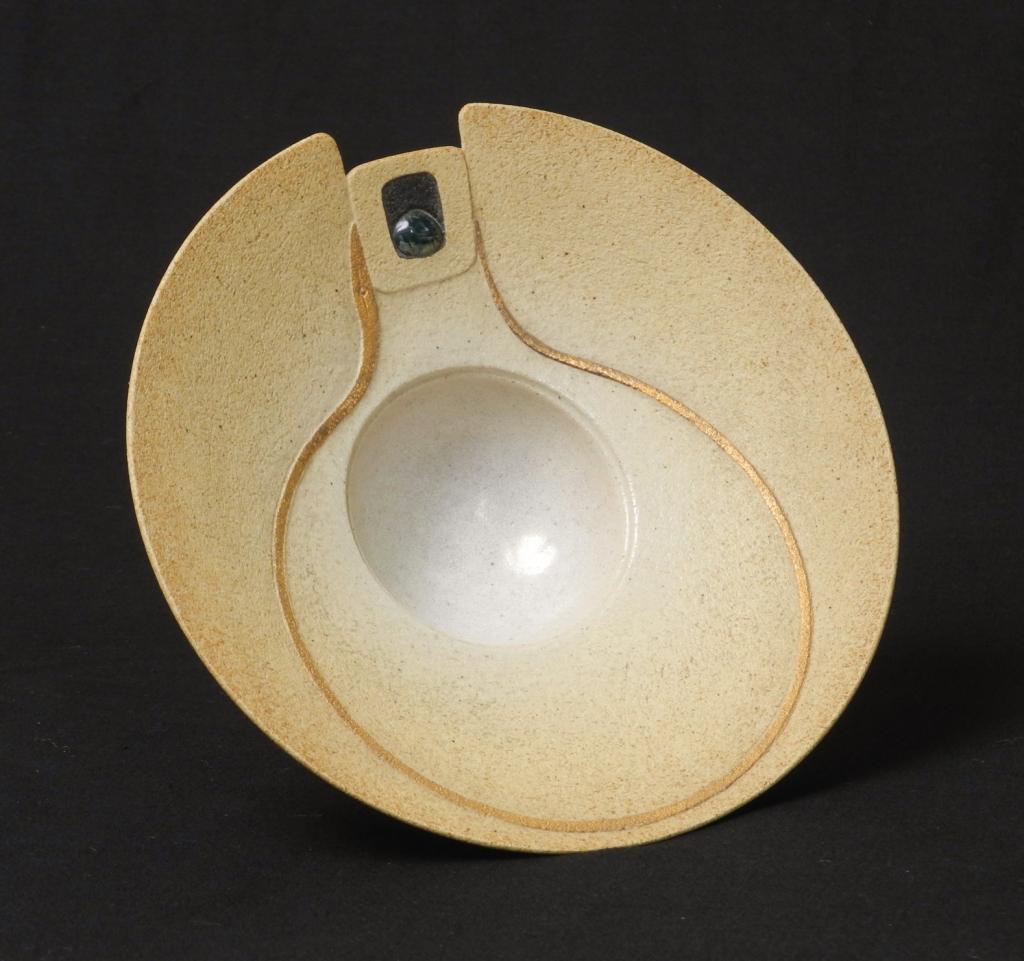 Stunning sculptural bowl - possibly Jon Middlemiss Mynewbowl2_zps4723b1d5