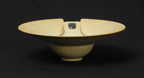 Stunning sculptural bowl - possibly Jon Middlemiss Mynewbowl_zps93cb11da