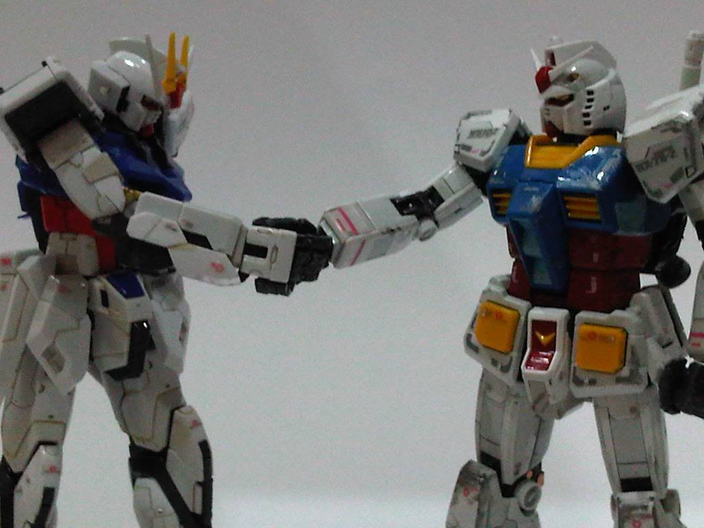 RG 144 Aile Strike and RX-78 IMG05801-20110803-2234