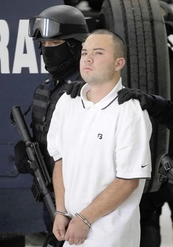6/17/11 Zetas commander arrested in Zacatecas over mass grave murder of migranrs 62497034