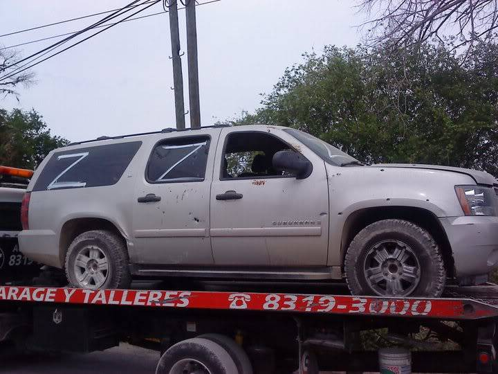 5/5/11 Mexican army captures zeta vehicles iat Linares Nuevo Leon.  Linaz15