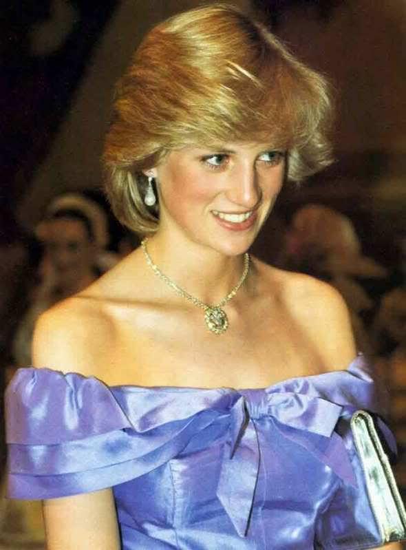 Diana Spencer, Lady Di QBX8eMCoBQIAAAH7SsM_12904_2