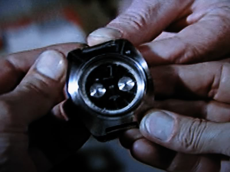 Breitling Top Time : James Bond Opération Tonnerre IMG_1971