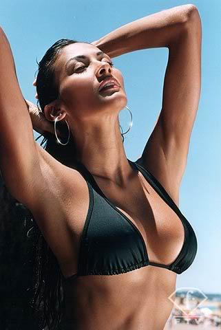 Thread of Federica Guzman - (Beach Beauty at Miss World 2006) Federica_fashiontv7