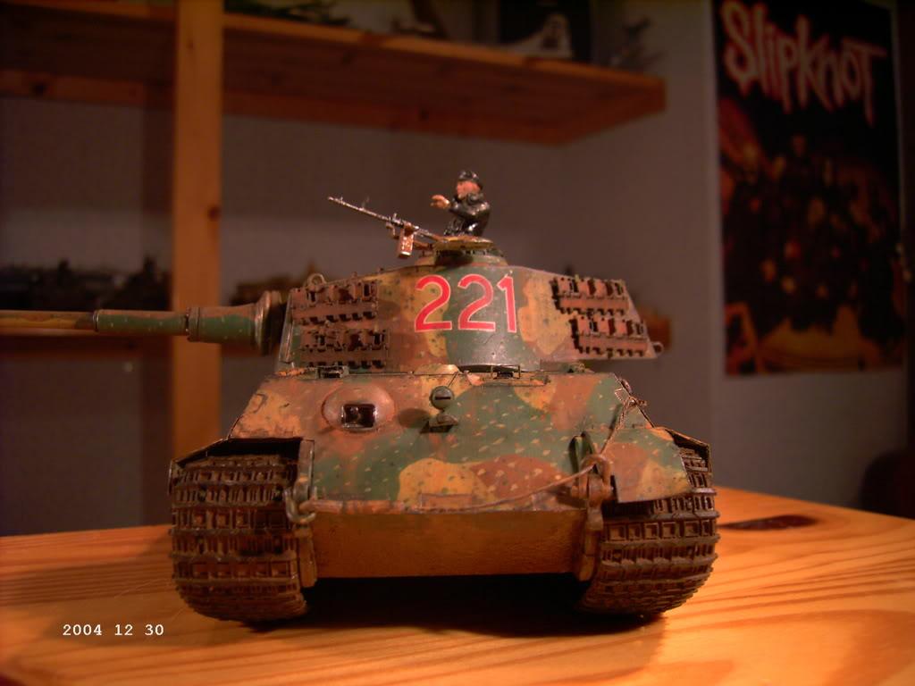 """Tigre I """"tiki""""   ---   Tigre II  [???]   -Rom1- PICT0211"""