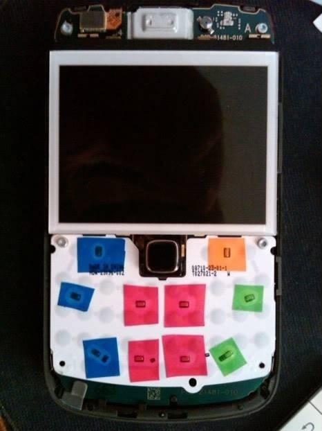 [TIPS] Bongkar Casing Onyx Untuk Modif lampu Keypad IMG00027-20110417-1052