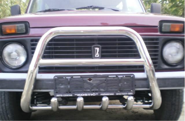 Automobili 0a904d8009e6-640x480-1