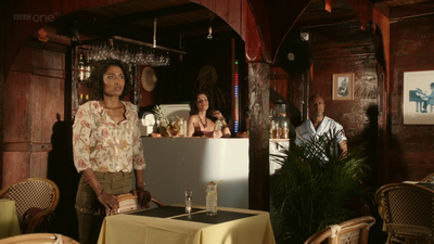 Death in Paradise (2011, série de BBC1 et France 2) DIP4B-1