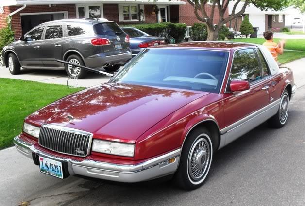 '90 Riviera SDC11485