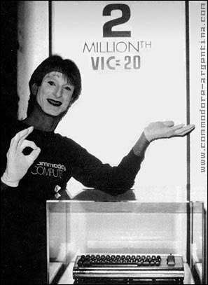PUBLICIDAD IMPRESA ANTIGÜA Y GUARRA Commodore_vic20_silvervic_stupid