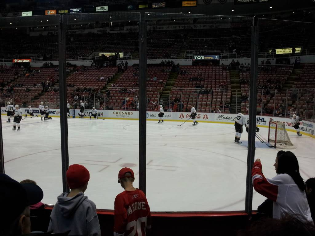 Detroit Red Wings and Anaheim Ducks Shane and I went too!!!  2011-11-05183134
