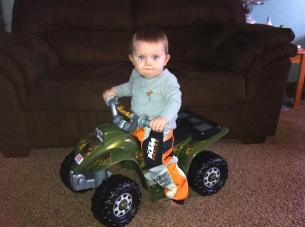 Mason riding his four wheeler!!!  FD0F6D66-233D-43FA-BA67-818C096E0814-2676-000001905C4760B1