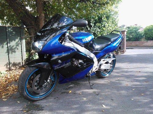 Back on 2 wheels Thunderace2_zps8bf66d96