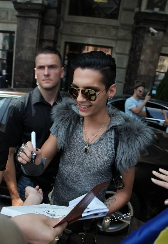 Tokio Hotel On Russia MUZtv awards this friday 3rd of june Billllllllllll