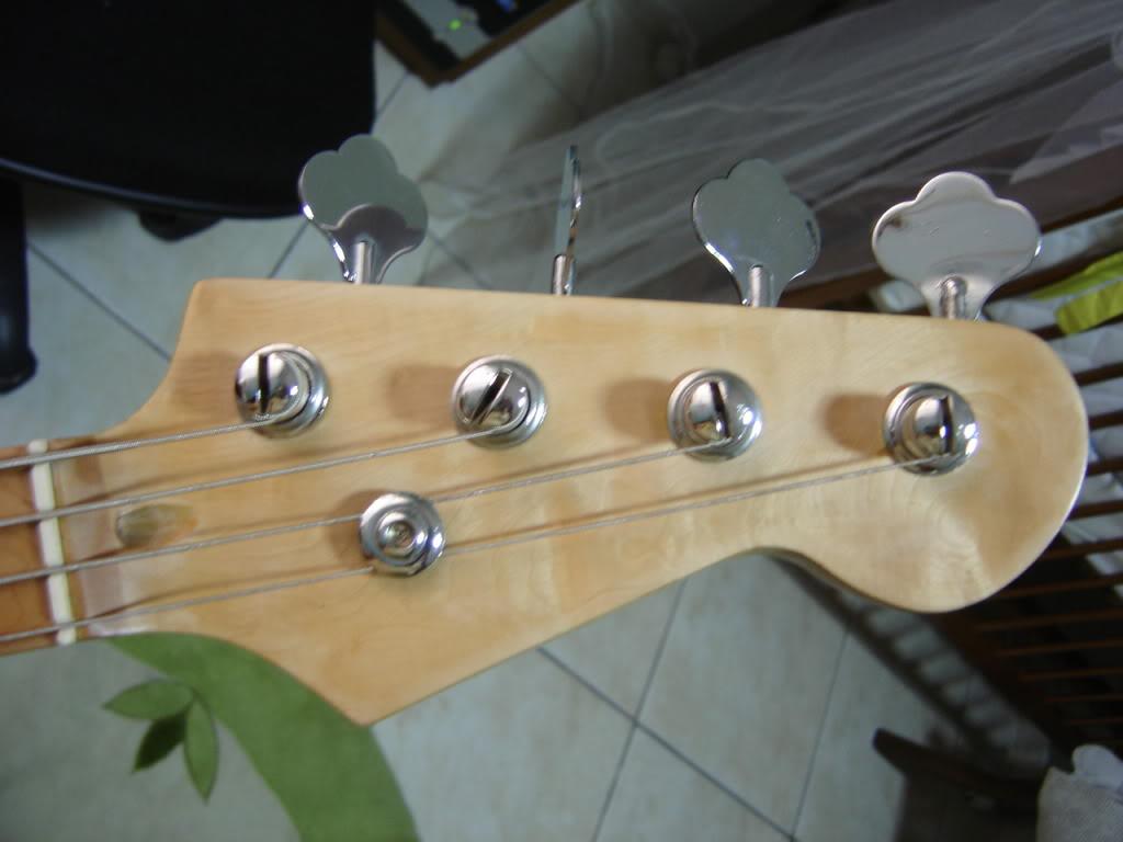 Jazz Bass Fretless. DSC02163