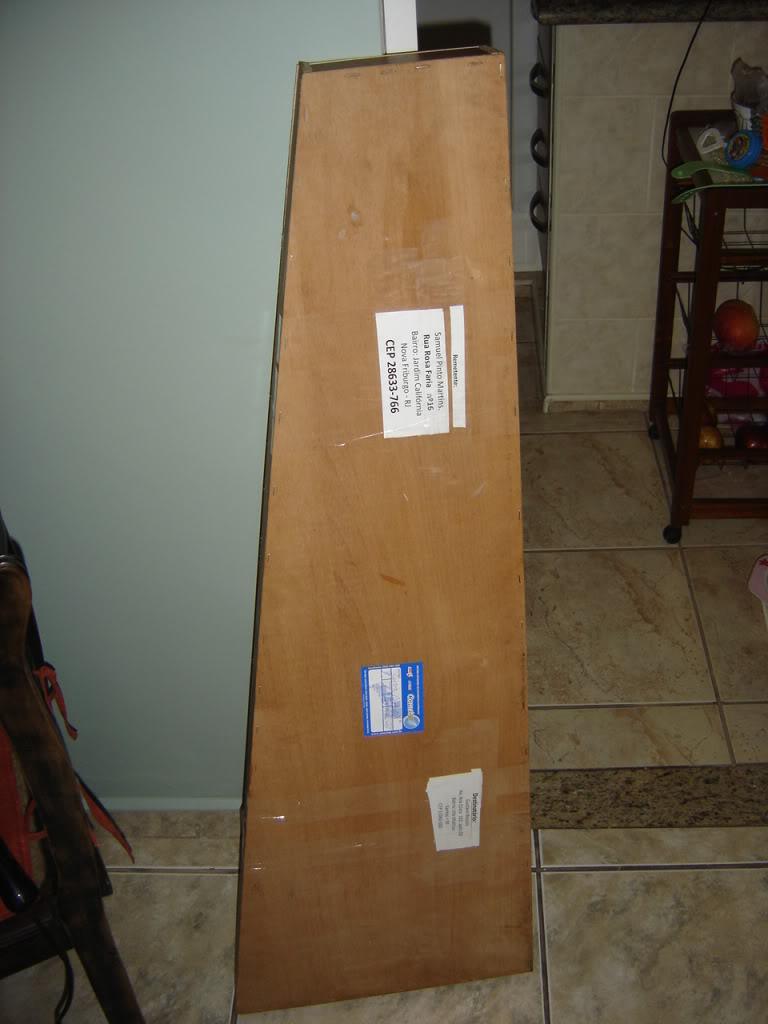 Embalando um contrabaixo elétrico para envio DSC02389