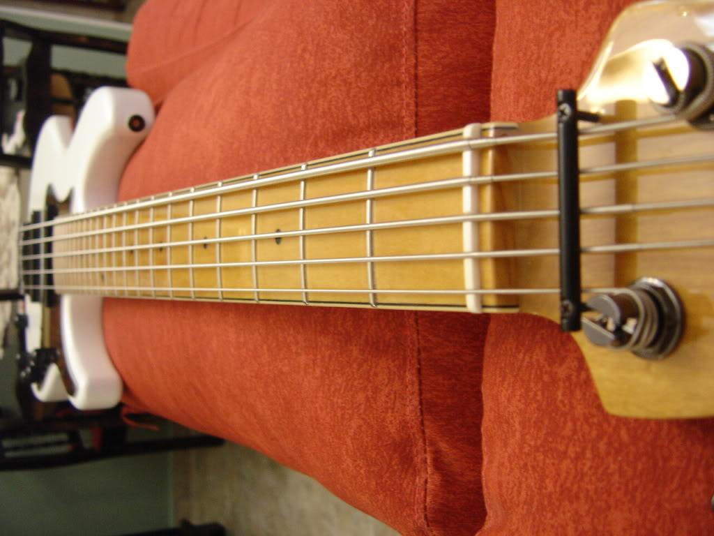 Jazz Bass 5 cordas Custom - S. Martyn DSC02402