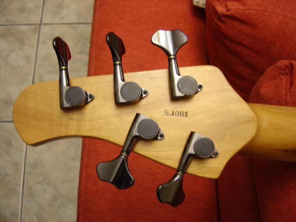 Jazz Bass 5 cordas Custom - S. Martyn DSC02406